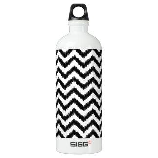 Ikat Chevron Black Pattern Zigzag Water Bottle
