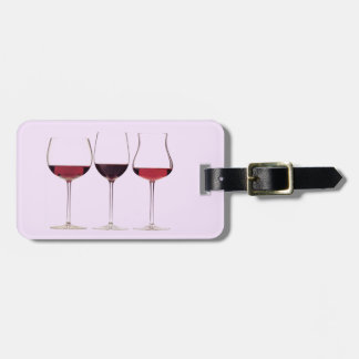 Illustrated wine glasses with wine luggage tag