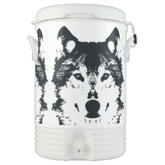 Illustration Black Wolf Drinks Cooler