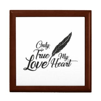 Illustration True Love Feather Gift Box