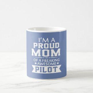 I'M A PROUD PILOT'S MOM COFFEE MUG