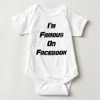 I'm Famous On Facebook outfit Tshirt