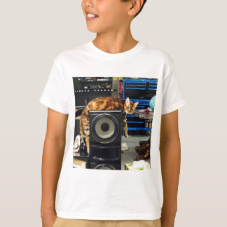IMG_0051.JPG T-Shirt