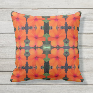 Impatiens Flower Pattern Cushion