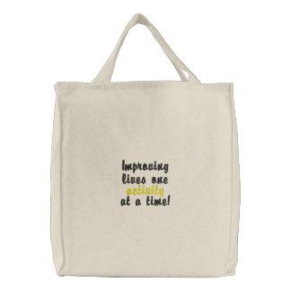 """""""Improving lives"""" tote bag"""