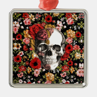 In bloom, retro floral pattern with skull Silver-Colored square decoration