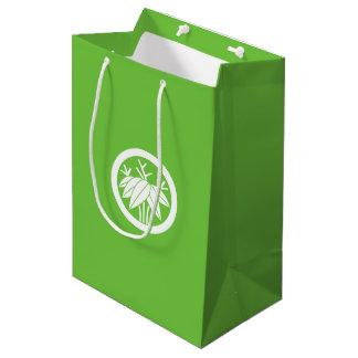 In circle root bamboo grass medium gift bag