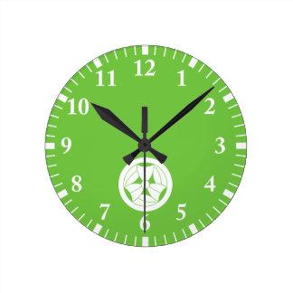 In circle three breaking bamboo grasses round clock