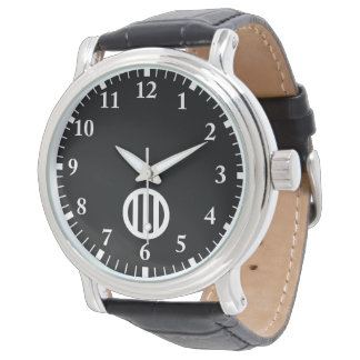 In circle vertical three pulling watch
