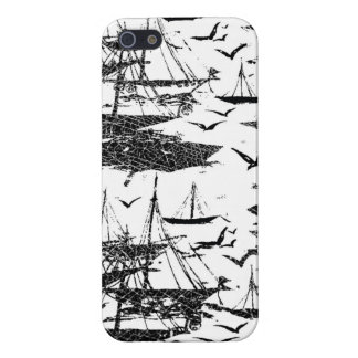 In the ocean case for iPhone 5/5S