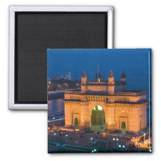 INDIA, Mumbai (Bombay): Gateway of India / Square Magnet