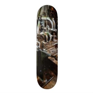 Industrial Gear Cutting Machine Skate Board