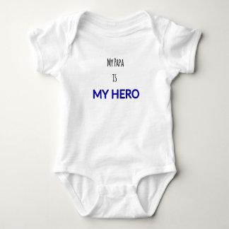 """Infant Onsie - """"My Papa is My Hero"""" Print Baby Bodysuit"""