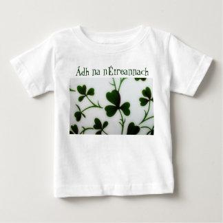 Infant T Shirt Luck of the Irish/Ádh na nÉireannac