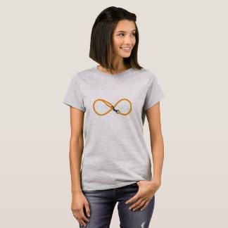 Infinity leash T-Shirt