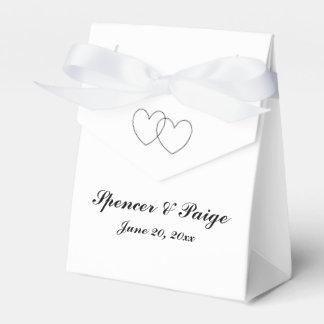 """Interlocking Hearts"" Tent Favor Boxes"