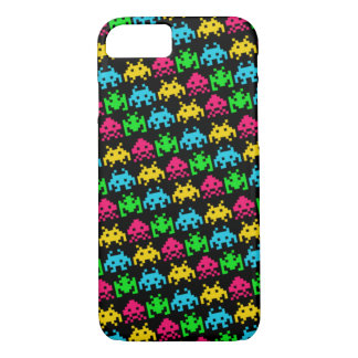 Invaders - Dark iPhone 7 Case