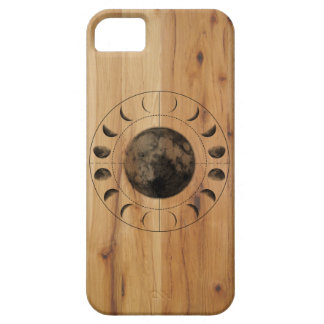 Inverse Moon Phases Wood Phone Case Design