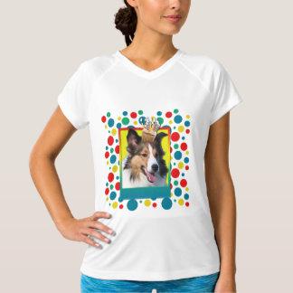 Invitation Cupcake - Sheltie T Shirts