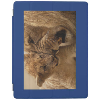 iPad Smart Cover HAPPY BABY ANIMALS LION AND CUB iPad Cover