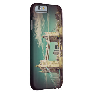 iPhone 6, Barely There London Barely There iPhone 6 Case