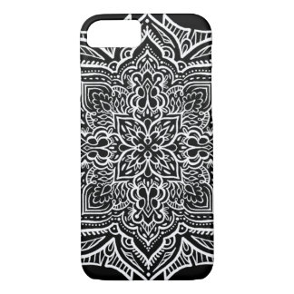 iPhone 7 - White/Black Geo Mandala style Pattern iPhone 8/7 Case