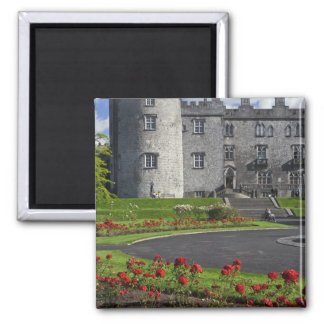 Ireland, Kilkenny. View of Kilkenny Castle. Magnet