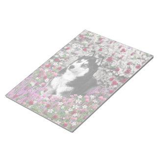 Irie the Siberian Husky in Flowers Memo Notepads