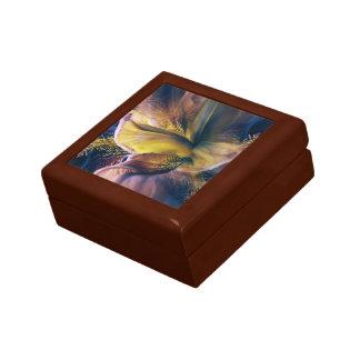 Iris Fantasy Gift Box