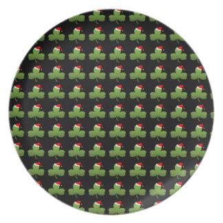 Irish Christmas Clover Pattern Plate