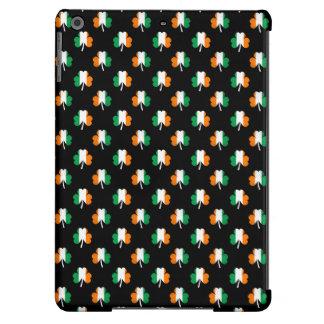 Irish Flag-Green/White/Orange-Colored Shamrocks iPad Air Cover