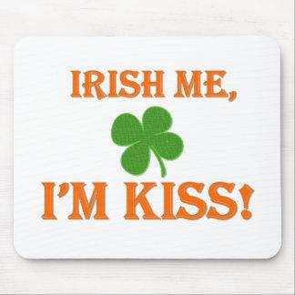 Irish Me I'm Kiss Mousepads
