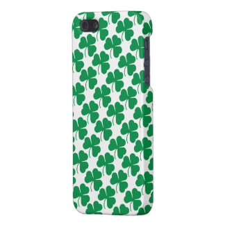 Irish Shamrocks Pattern iPhone 5 Cover