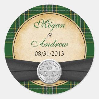 Irish Tartan Celtic Claddagh Lucky Wedding Round Sticker
