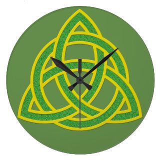 Irish Trinity Knot Clock