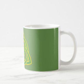 Irish Trinity Knott Mug