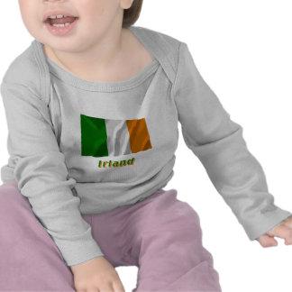 Irland Fliegende Flagge mit Namen Shirts