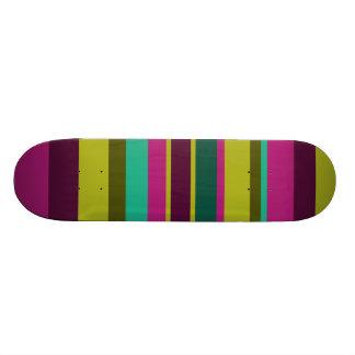 Irregular Stripes 04 18.1 Cm Old School Skateboard Deck