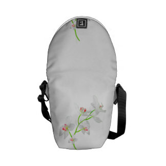Isolated Orquideas Blossom Commuter Bags