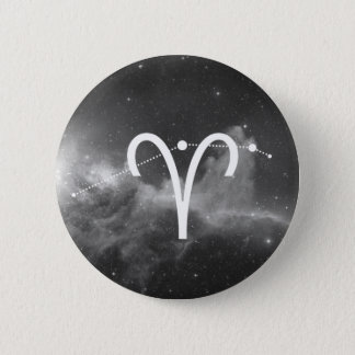 It plates the Aries Zodiac (Black and white) 6 Cm Round Badge