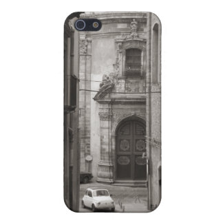 Italian alley with Fiat iPhone 5 Cover