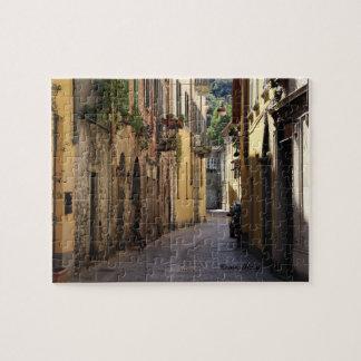 Italian Cobble Street Horizontal Puzzle