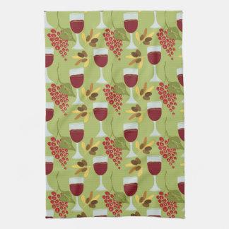 Italian Kitchen Wine and Grapes Hand Towel