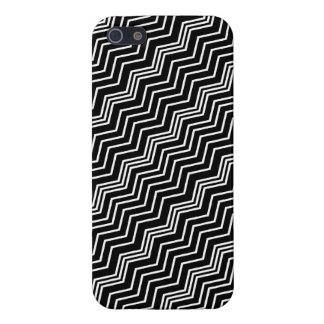 Italian Zig Zag Diagonal Black White Savvy iPhone 5/5S Cases