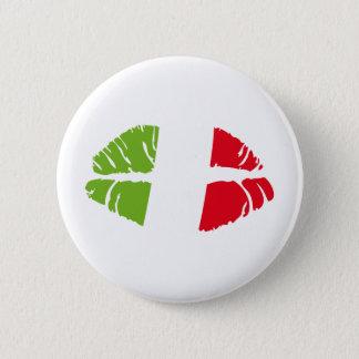 italy kiss 6 cm round badge
