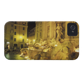 Italy, Rome. Trevi Fountain at night. iPhone 4 Case-Mate Case