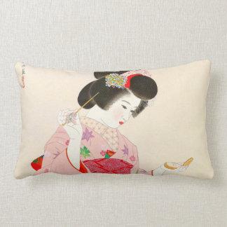 Ito Shinsui Make up vntage japanese geisha lady Lumbar Pillow