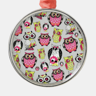 It's a hoot. Quirky Retro Owl pattern. Ornaments