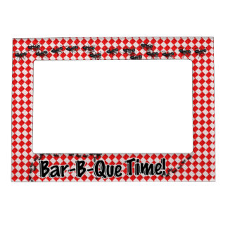 It's BBQ Time! Red Chequered Table Cloth w/Ants Frame Magnets