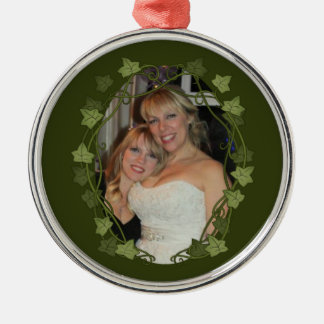 Ivy Circle Photo Frame Silver-Colored Round Decoration